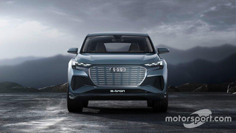 Концепт Audi Q4 E-Tron