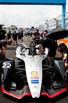 Oliver Rowland, Nissan e.Dams, Nissan IMO1, on the grid