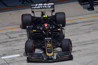 Kevin Magnussen, Haas F1 Team VF-19, leaves the garage