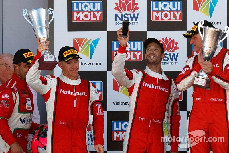 Podium Pro-Am: third place #9 Audi Sport Team MPC Audi R8 LMS: Marc Cini, Lee Holdsworth, Dean Fiore