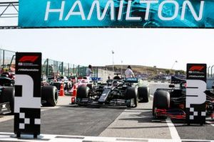Pole Sitter Lewis Hamilton, Mercedes F1 W11 drives into Parc Ferme