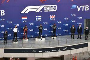 Dimitry Kozak, Max Verstappen, Red Bull Racing, Valtteri Bottas, Mercedes-AMG F1, Lewis Hamilton, Mercedes-AMG F1