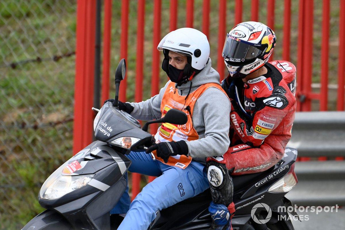 Andrea Dovizioso, Ducati Team dopo la caduta