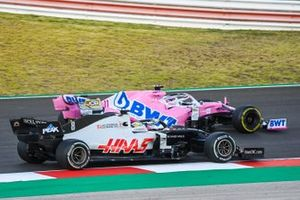 Sergio Perez, Racing Point RP20, Romain Grosjean, Haas VF-20