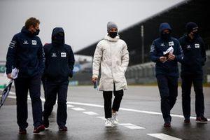 Pierre Gasly, AlphaTauri watlks the track with his team