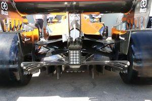 McLaren MCL35, dettaglio del retrotreno