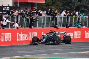 Second place Valtteri Bottas, Mercedes F1 W11