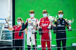 Theo Pourchaire, ART Grand Prix, Race Winner Frederik Vesti, Prema Racing and Oscar Piastri, Prema Racing celebrate on the podium with the trophy and the champagne