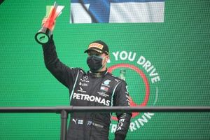 Valtteri Bottas, Mercedes-AMG F1, 2nd position, with his trophy