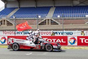 #8 Toyota Gazoo Racing - Toyota TS050 - Hybrid: Sébastien Buemi, Kazuki Nakajima, Brendon Hartley