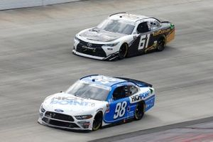 Chase Briscoe, Stewart-Haas Racing, Ford Mustang HighPoint.com, Stephen Leicht, Hattori Racing Enterprises, Toyota Camry