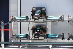 Tech Detail Piola Tech, Mercedes W12 front wing nose cone