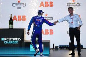 3. Alex Lynn, Mahindra Racing, mit Alejandro Agag