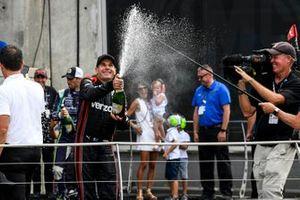 Ganador Will Power, Team Penske Chevrolet celebra