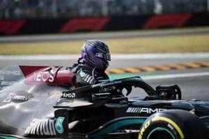 Lewis Hamilton, Mercedes, after his crash