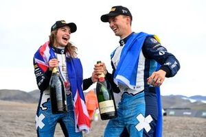 Race winners Catie Munnings, Timmy Hansen, Andretti United Extreme E