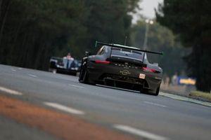 #69 Herberth Motorsport Porsche 911 RSR - 19 LMGTE Am of Robert Renauer, Ralf Bohn, Rolf Ineichen