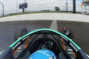Fernando Alonso, Arrow McLaren SP Chevrolet, crash