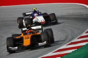 Jack Aitken, Campos Racing, leads Pedro Piquet, Charouz Racing System