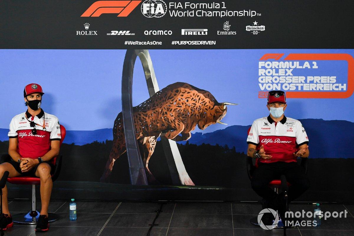 Antonio Giovinazzi, Alfa Romeo e Kimi Raikkonen, Alfa Romeo durante la conferenza stampa