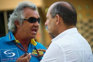 Flavio Briatore, Renault F1 Team and Ron Dennis, Team principal McLaren