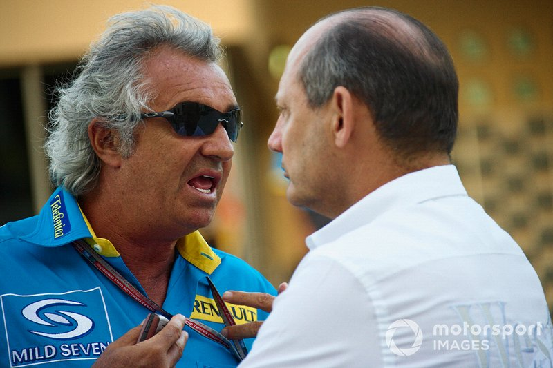 Flavio Briatore, Renault F1 Team and Ron Dennis, Team principal McLaren