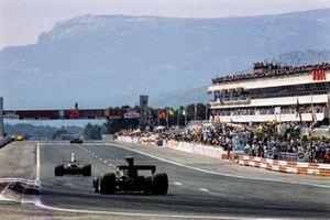 Renn-Action beim GP Frankreich 1975 in Le Castellet