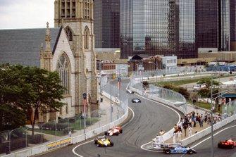 Eddie Cheever, Ligier JS17 Matra, René Arnoux, Renault RE30B, Niki Lauda, McLaren MP4-1B Ford