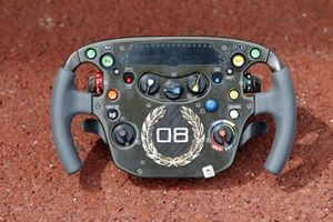 Steering wheel for Lewis Hamilton, McLaren MP4-25 Mercedes