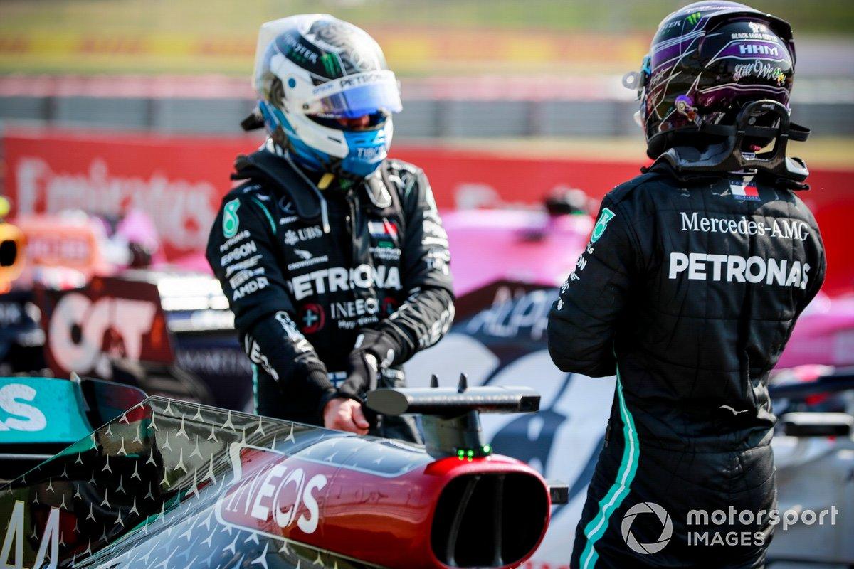 Valtteri Bottas, Mercedes AMG F1, Lewis Hamilton, Mercedes AMG F1, llegan al Parc Ferme