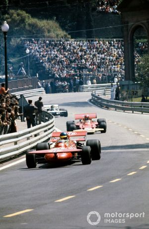 Ronnie Peterson, March 711 Ford, Emerson Fittipaldi, Lotus 72D Ford