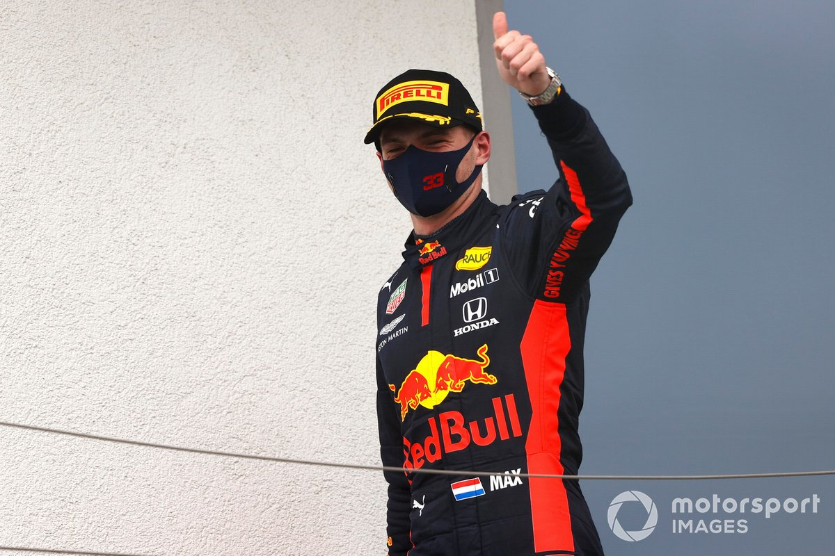 Max Verstappen, Red Bull Racing, sul podio