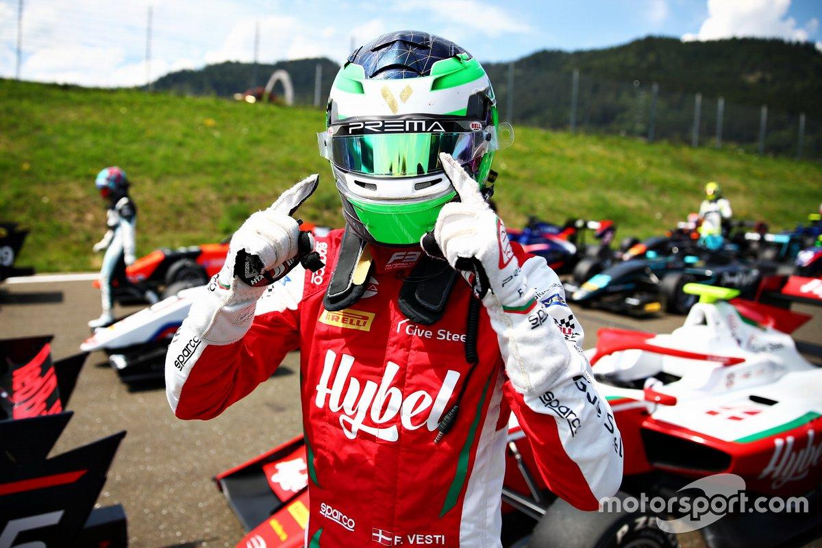 Ganador de la pole Frederik Vesti, PREMA Racing