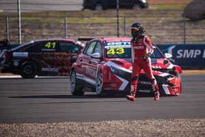 Андрей Масленников, Lukoil Racing Team, Hyundai i30 N, after the crash