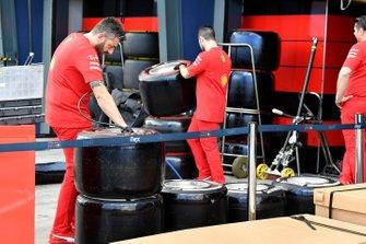 Ferrari mechanics check tyres