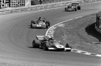 Jacky Ickx, Ferrari 312B2 Jackie Stewart, Tyrrell 003 Ford y Emerson Fittipaldi, Lotus 72D Ford