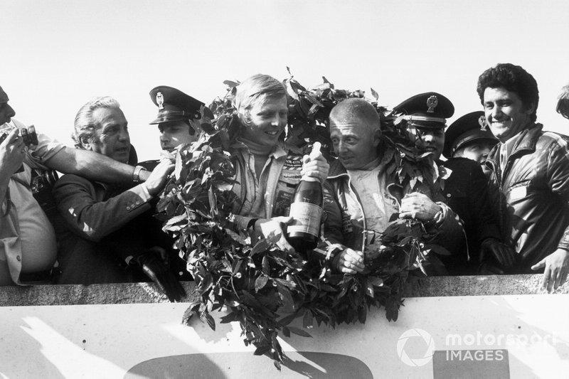 Targa Florio 1973: Winnaars Herbert Muller, Gijs van Lennep, Porsche Carrera RSR