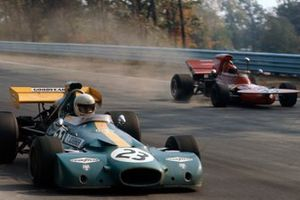 Tim Schenken, Brabham BT33 Ford, Skip Barber, March 711 Ford