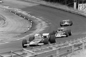 Игнацио Джунти, Ferrari 312B, Йохен Риндт, Lotus 72C Ford и Джек Брэбэм, Brabham BT33 Ford