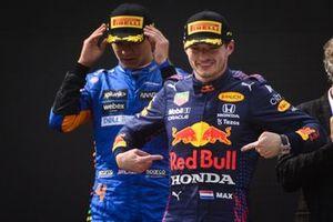 Max Verstappen, Red Bull Racing,Lando Norris, McLaren