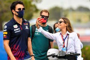 Sebastian Vettel, Aston Martin take a selfie with a fan