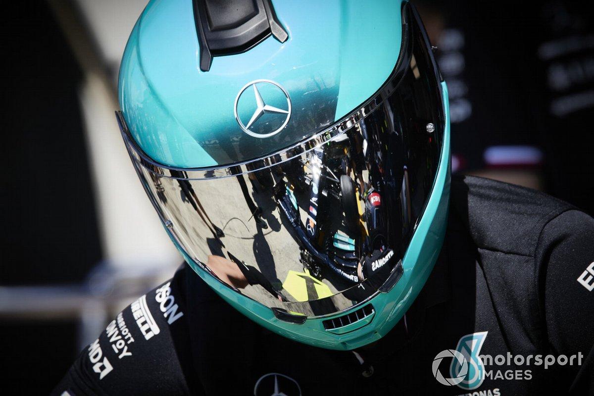 El equipo de pits de Mercedes