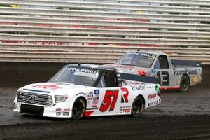 Brian Brown, Kyle Busch Motorsports, Toyota Tundra Casey's/Rowdy Energy, Johnny Sauter, ThorSport Racing, Toyota Tundra AHI Facility Services, Inc.