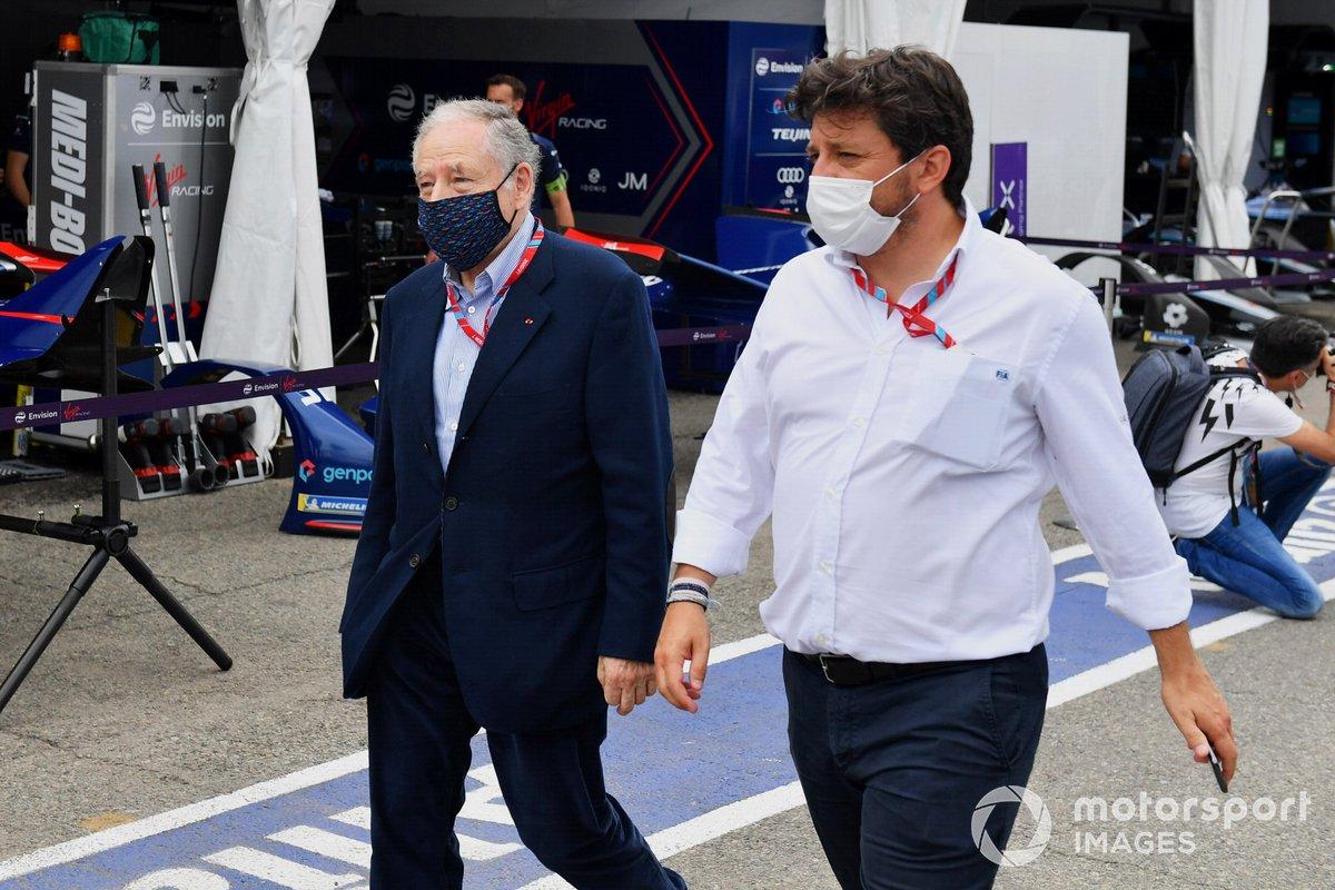 Jean Todt, Presidente de la FIA, en el pit lane