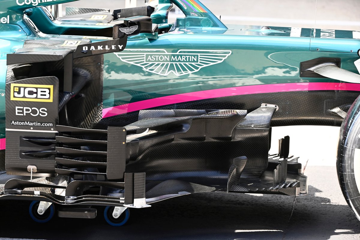 Detalle de los bargeboards del Aston Martin AMR21
