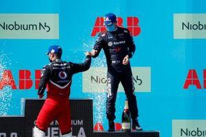 2. Pascal Wehrlein, Tag Heuer Porsche, 3. Nick Cassidy, Envision Virgin Racing