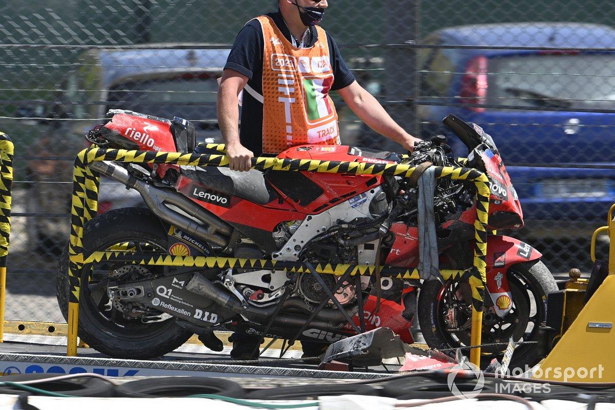 Moto dañada de Francesco Bagnaia, Ducati Team