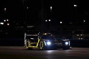 Cadillac DPi №5 команды Mustang Sampling Racing / JDC-Miller MotorSports, класс DPi: Себастьен Бурде, Лоик Дюваль, Тристан Вотье, Жуан Барбоза