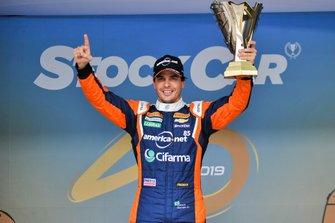 Marcos Gomes é pole em Interlagos