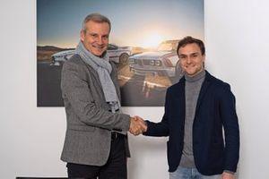 Lucas Auer met Jens Marquardt, BMW Motorsport director